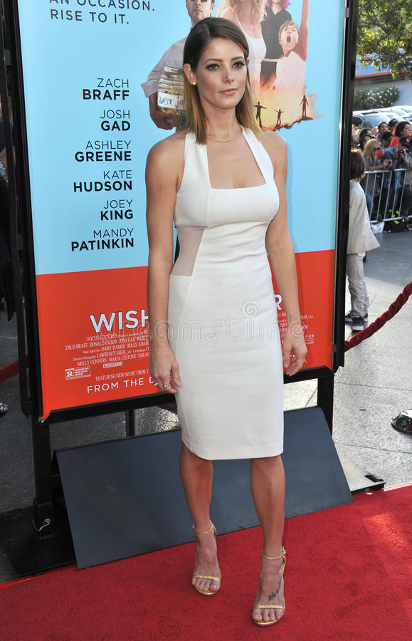 Download Ashley Greene imagen editorial. Imagen de famoso, sleeveless - 44858350