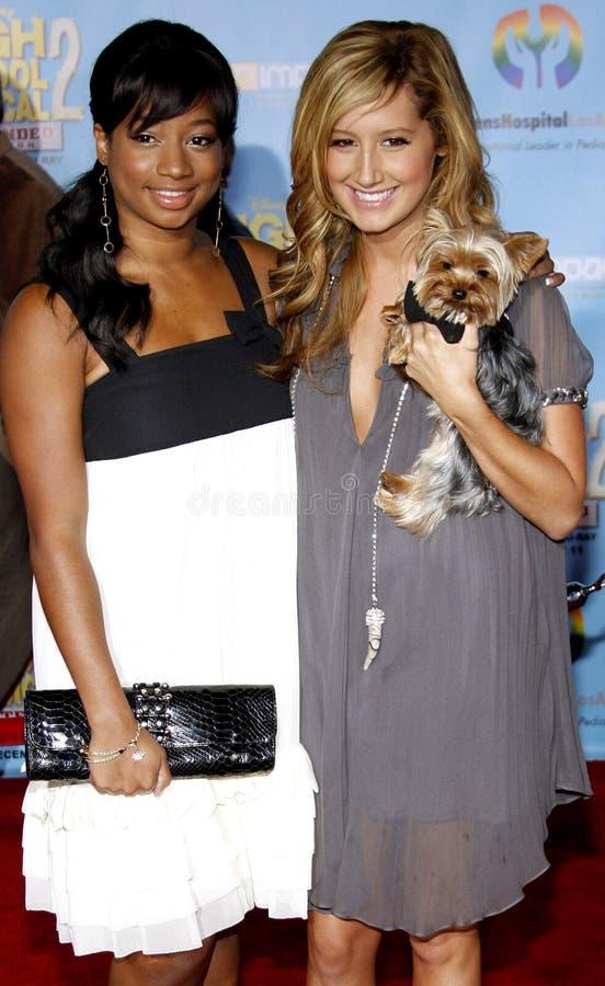 Ashley Tisdale i Monique Coleman fotografia royalty free