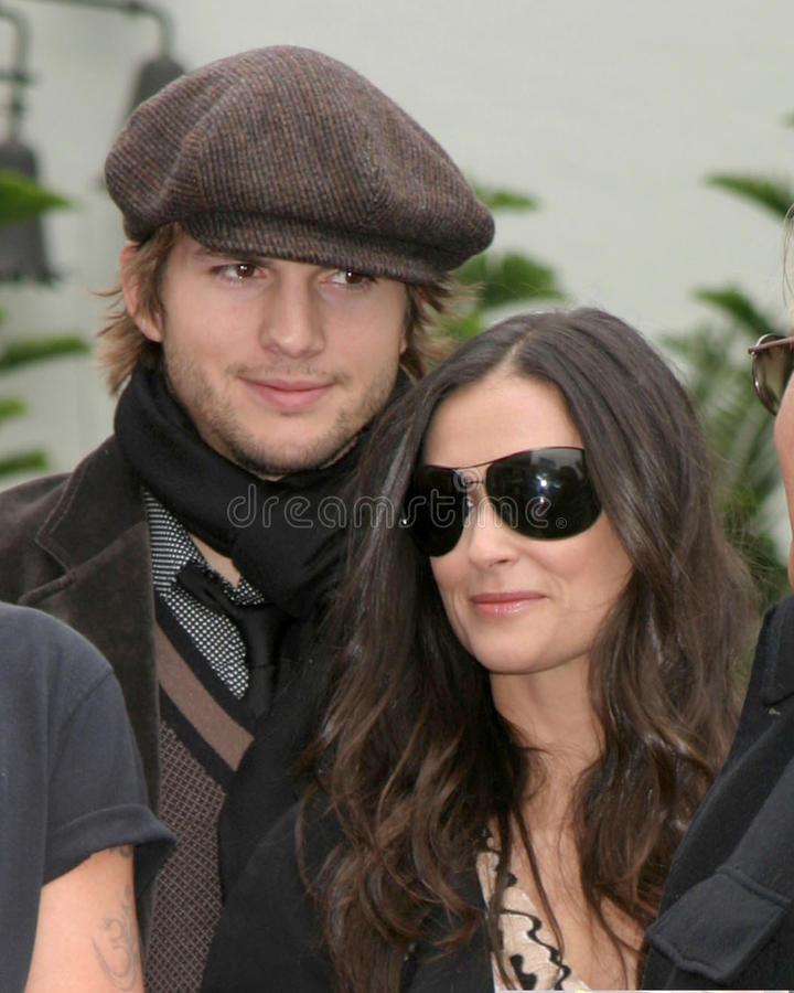 Ashton Kutcher, Demi Moore fotos de stock