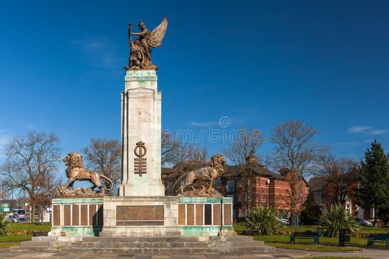 Ashton Pod Lyne Wojennym pomnikiem zdjęcia royalty free