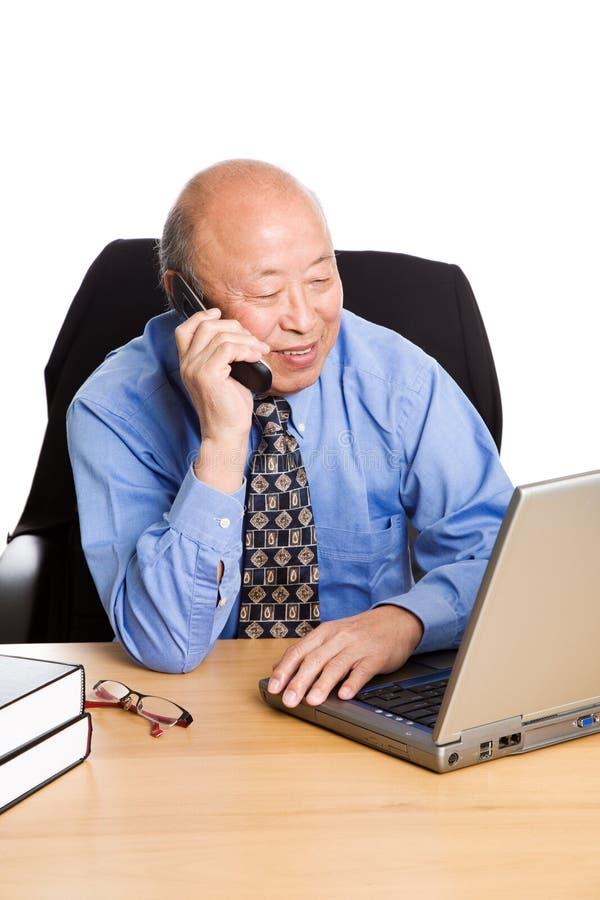 asian businessman senior working στοκ φωτογραφίες