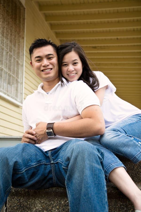 asian couple happy στοκ φωτογραφία με δικαίωμα ελεύθερης χρήσης
