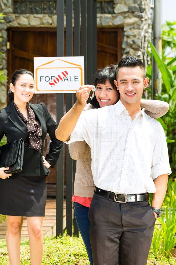 cedar key asian personals Meet cedar key asian single women online interested in meeting new people to date zoosk is used by millions of singles around the world to meet new people to date.