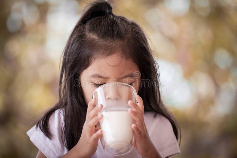 beautiful-asian-girls-drinking-milk-sex