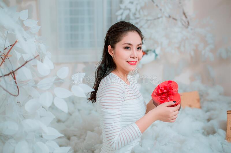 Asian Woman With Red Heart Box Free Public Domain Cc0 Image