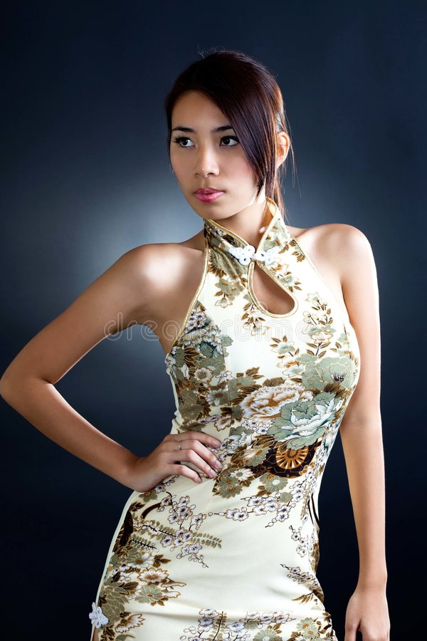 Asian Woman In Traditional Oriental  Dress Royalty Free Stock Images
