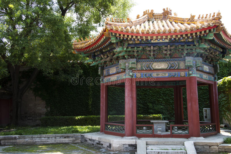 Asiat Kina, Peking, forntida byggnader, paviljongen arkivbilder
