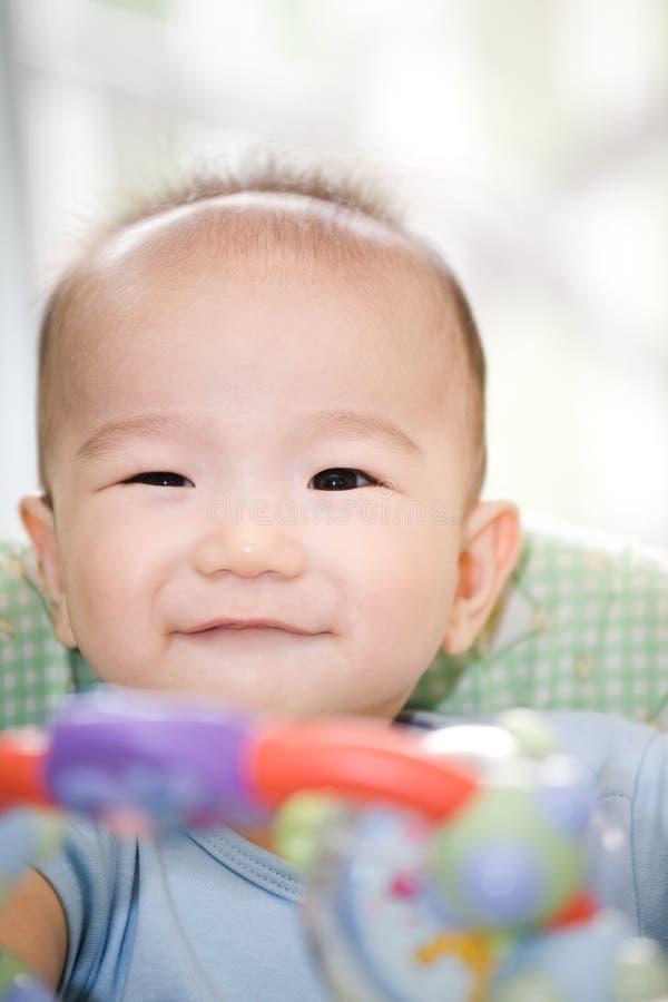 asiatet behandla som ett barn pojken royaltyfri bild