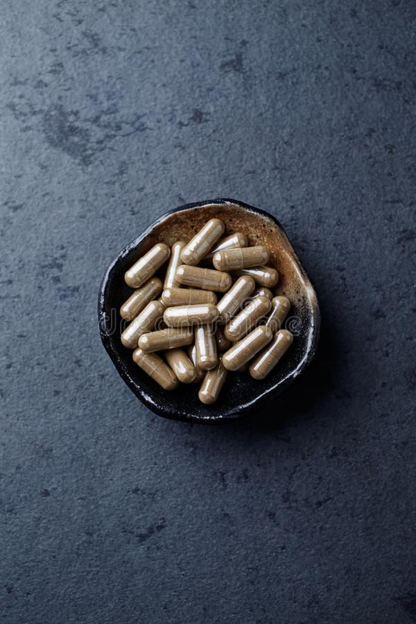 Asiatica κάψες Centella κόλα Gotu Έννοια για μια υγιή διαιτητική συμπλήρωση στοκ φωτογραφία με δικαίωμα ελεύθερης χρήσης