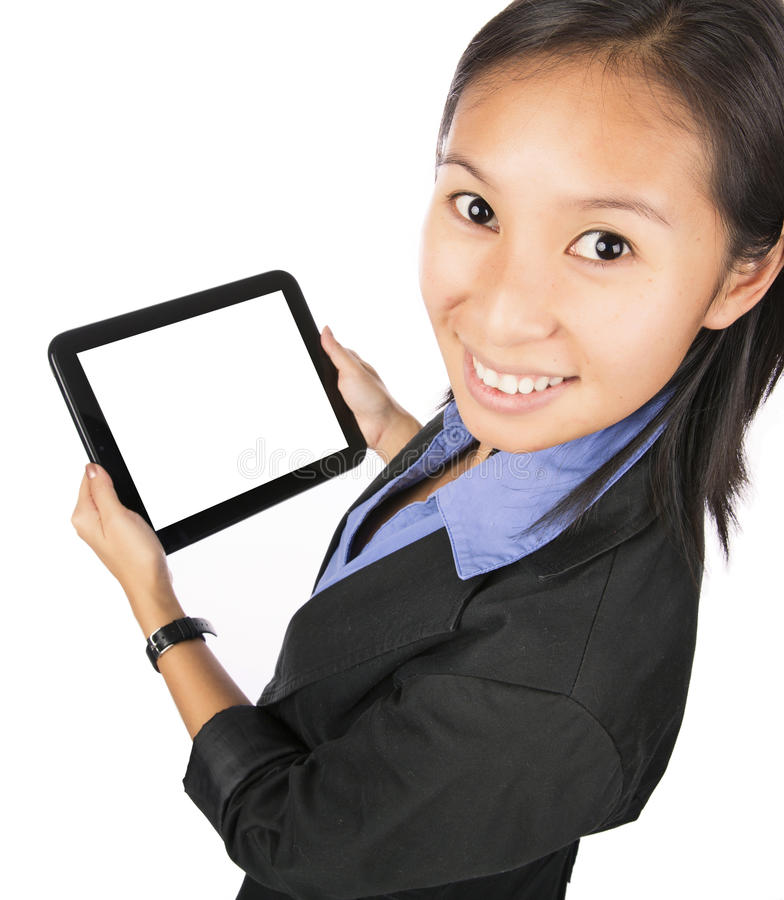 Asiatin, die Tablet-Computer oder iPad verwendet lizenzfreie stockfotos