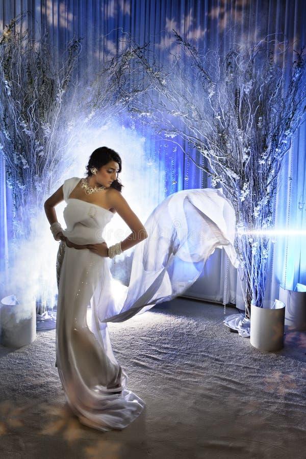Asiatische Braut lizenzfreie stockfotografie