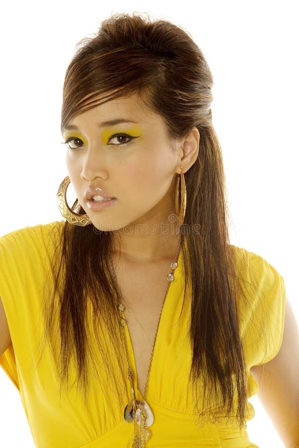 Asiatische Frau im Kleid lizenzfreie stockfotos