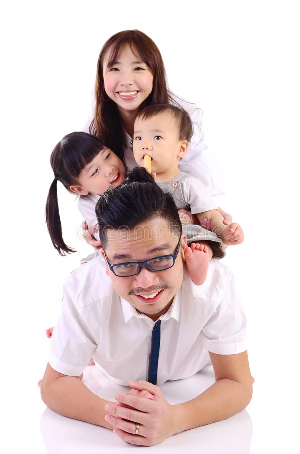 Asiatische glückliche Familie lizenzfreies stockbild