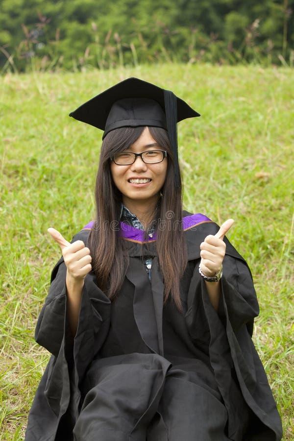 Asiatische Mädchenstaffelung lizenzfreie stockfotografie