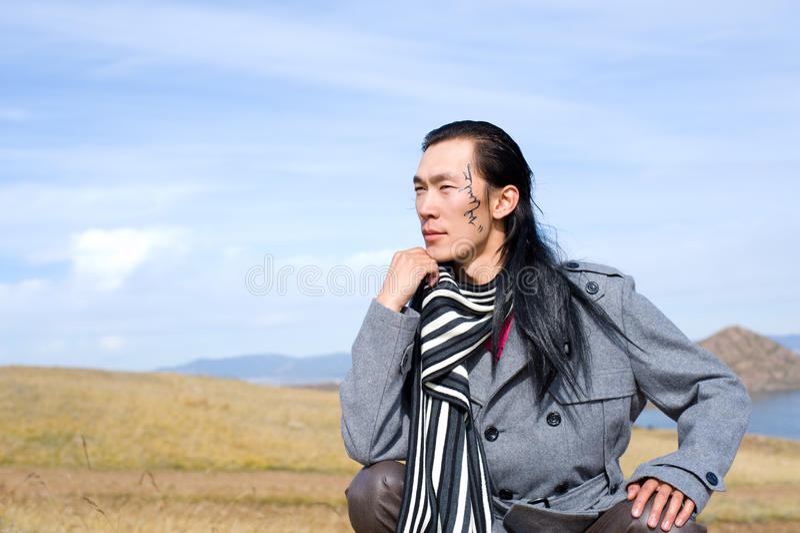 Asiatischer Mann von Art und Weise stockfotografie