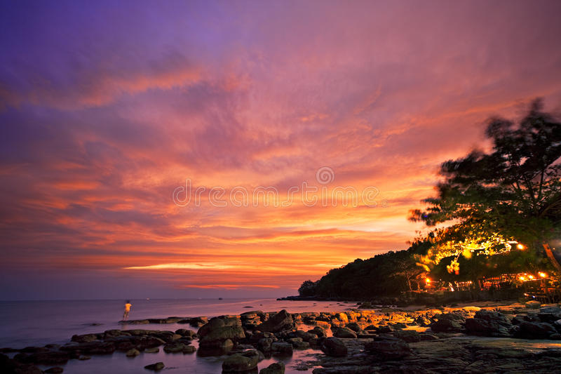 Asiatischer Sonnenuntergang lizenzfreies stockfoto