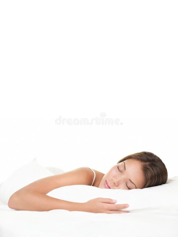 Asiatisches Frauenschlafen stockfoto