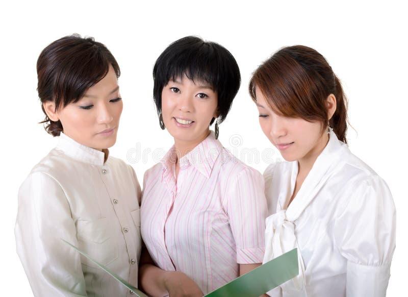 Asiatisches Geschäftsteam lizenzfreies stockbild