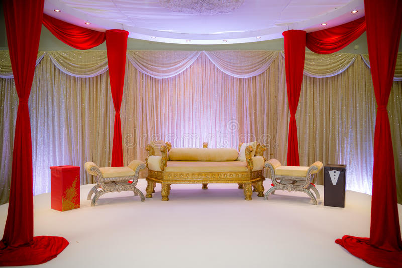 Asiatisches Hochzeits-Stadium lizenzfreies stockfoto