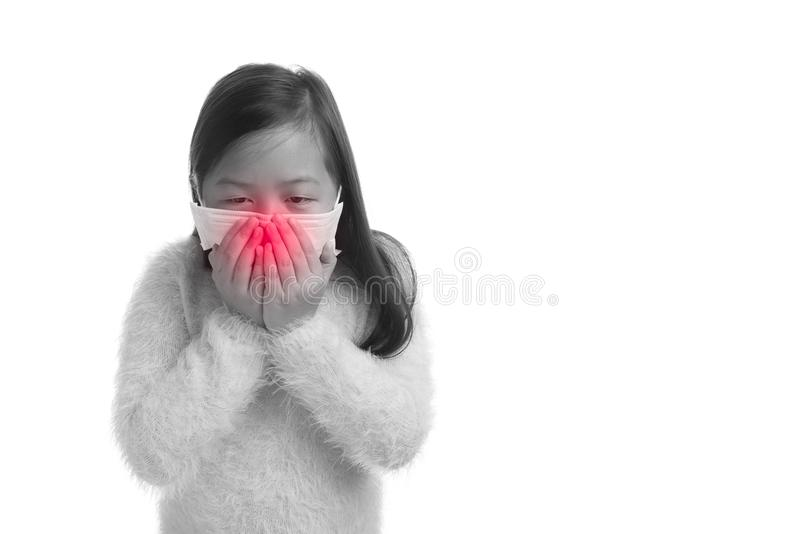 Asiatisches Kindermädchenalter 7 Jahre mit Schutzmaske gegen Grippe viru stockbild