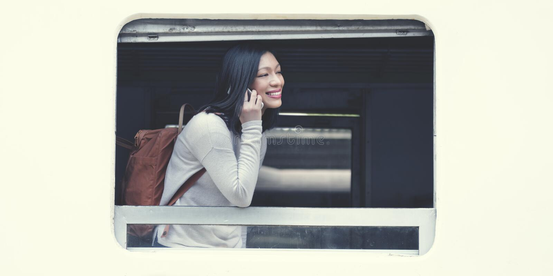 Asiatisches Konzept Damen-Traveling Commute Train stockbilder