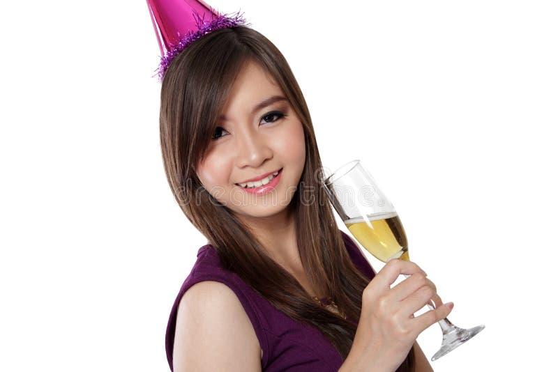 Asiatisches Party-Girl-Lächeln, auf Weiß lizenzfreie stockbilder