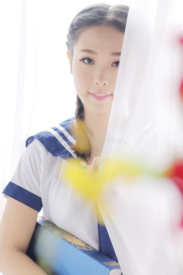 Asiatisches Schulmädchen lizenzfreie stockfotografie