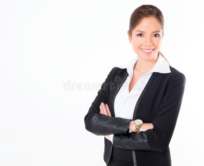 Asiatisk affärskvinna på vit bakgrund med kopieringsutrymme arkivbilder