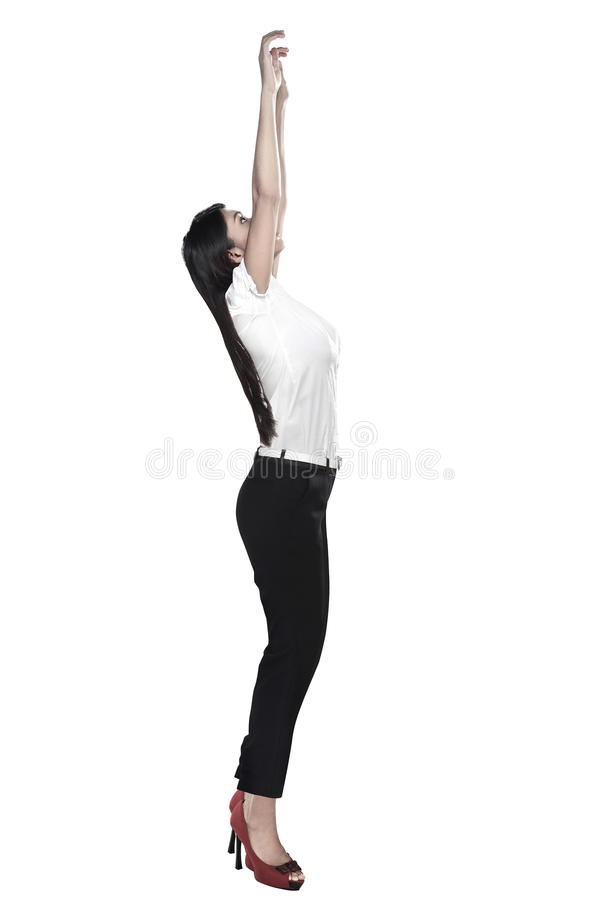 Asiatisk affärskvinna som hänger på något fotografering för bildbyråer