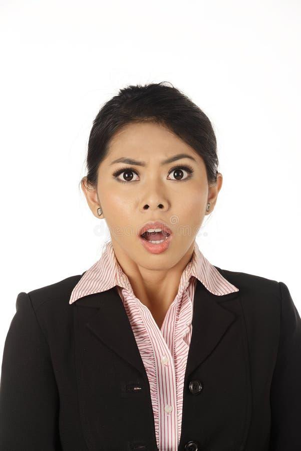 Asiatisk chockad affärskvinna royaltyfria foton