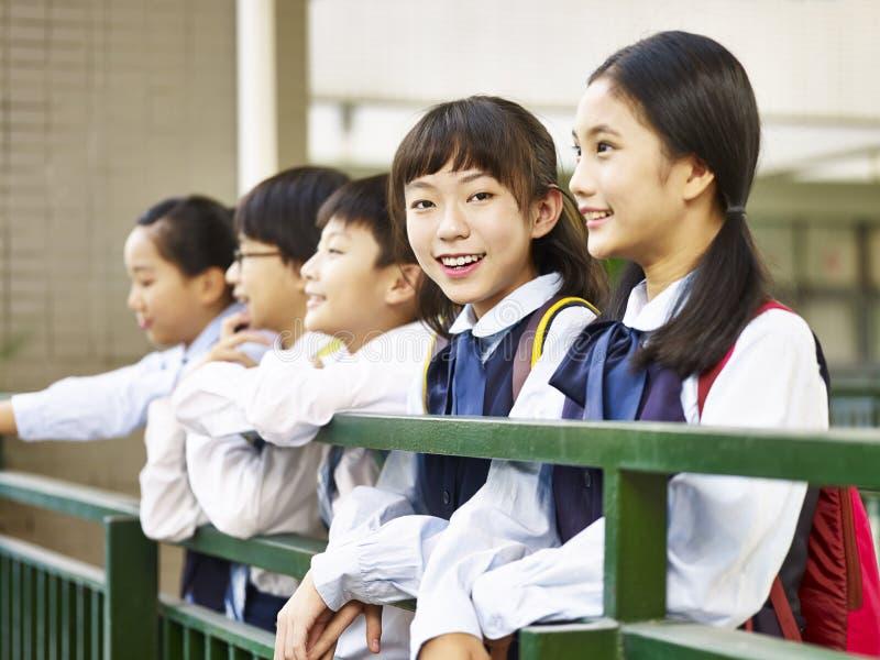asiatisk elementär schoolgirl royaltyfri foto