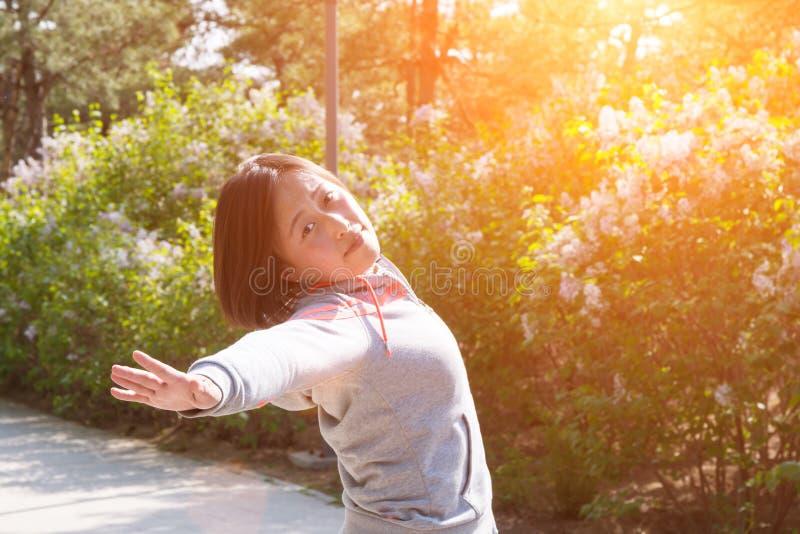 asiatisk flicka arkivfoto