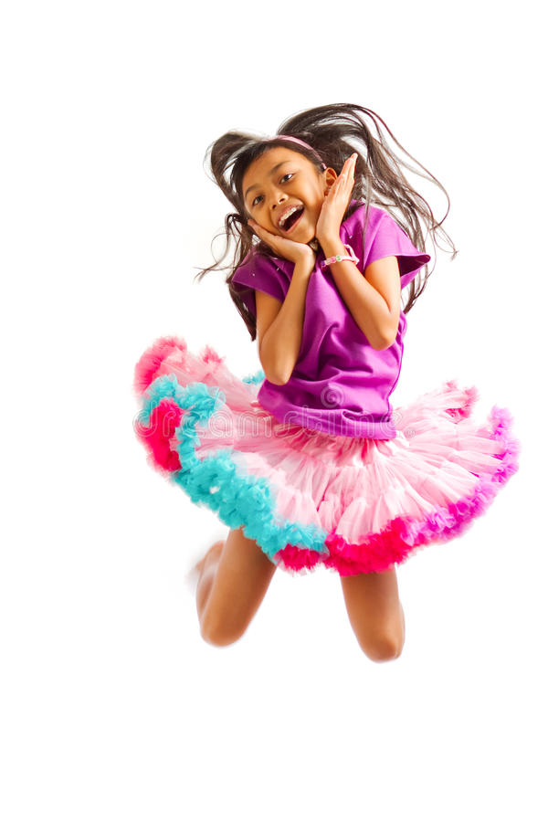 asiatisk gullig flickabanhoppning little fotografering för bildbyråer