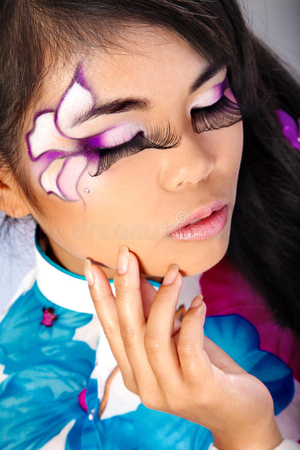 asiatisk härlig modesminkkvinna fotografering för bildbyråer