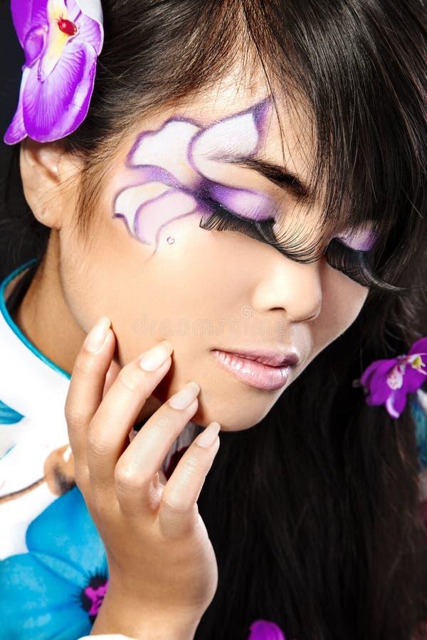 asiatisk härlig modesminkkvinna royaltyfri bild