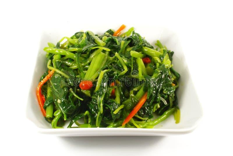 asiatisk kinesisk grönsak för stil för matlagningsmåfiskstir royaltyfri foto