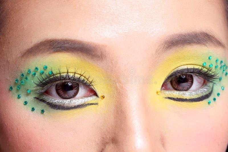 Asiatisk kvinnamodemakeup royaltyfri fotografi