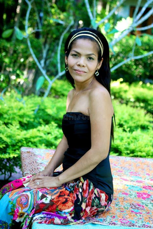 asiatisk lycklig kvinna fotografering för bildbyråer