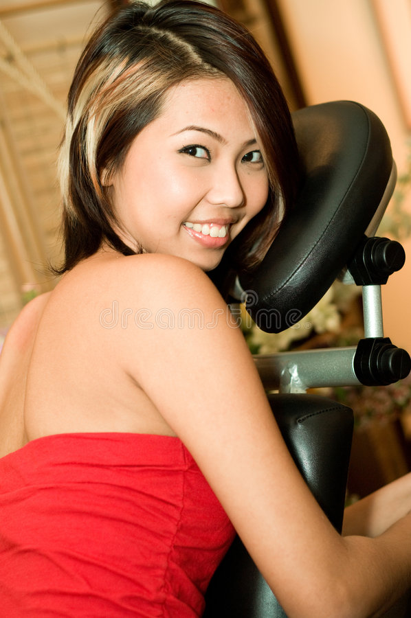 Asiatisk massage arkivbild
