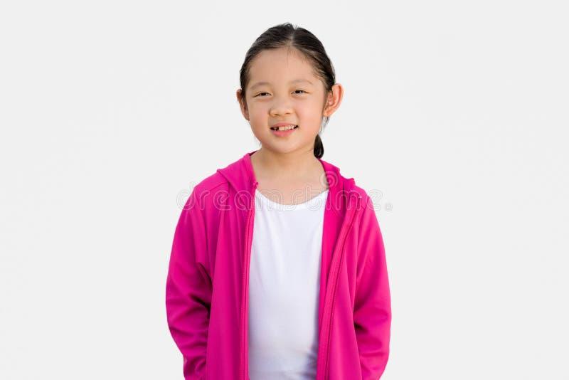 Asiatisk unge i tröjan som isoleras på vit arkivbilder