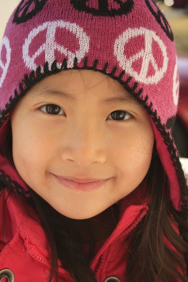 asiatisk woollen flickahatt royaltyfri fotografi