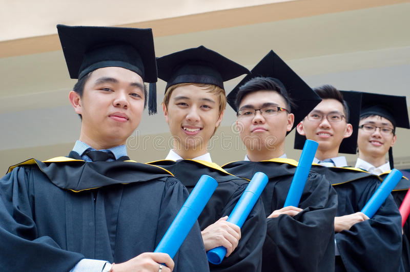 Asiatiska doktorander royaltyfri fotografi