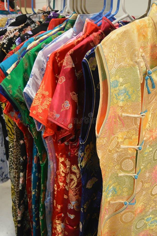 asiatiska kläder royaltyfria foton