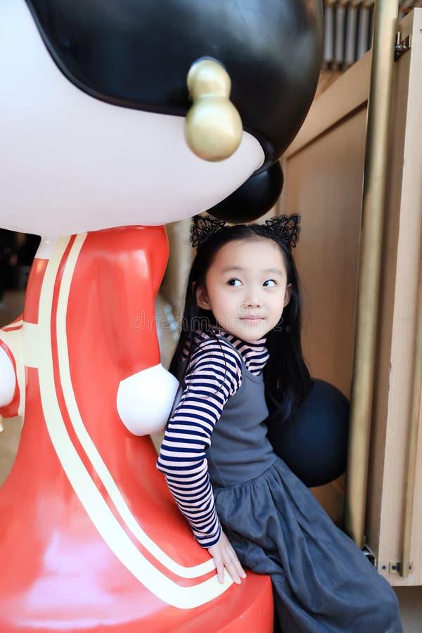 asiatiskt barnporslin royaltyfria foton