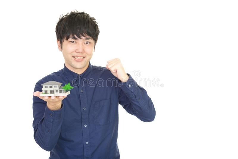 asiatiskt le för man arkivbild