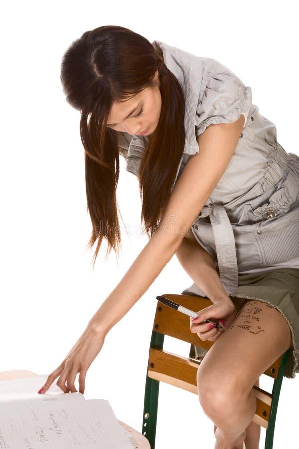asiatiskt prov för fuskmathschoolgirl royaltyfri bild