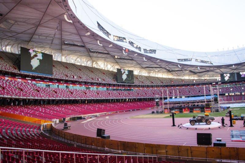 Asien Kina, Peking, nationell stadion, inre struktur, åhörareställningen arkivbilder