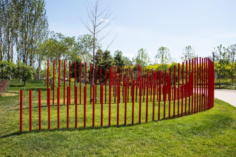 Asien Kina, Wuqing, Tianjin, grön expo, parkeralandskapet, a-vägg av röda PVC-rör arkivfoton