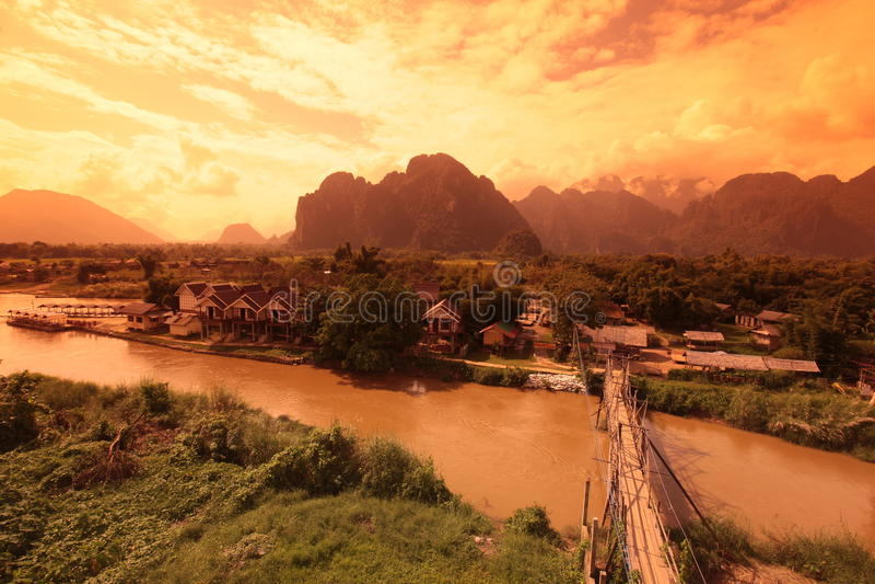 ASIEN SOUTH EAST ASIA LAOS VANG VIENG LUANG PRABANG royaltyfria foton