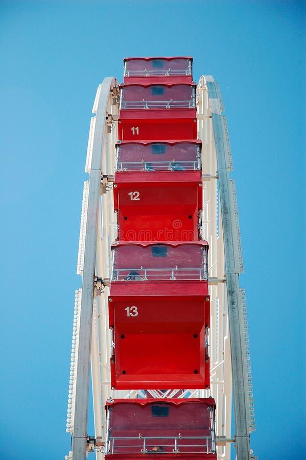 Asientos de la rueda de Ferris imágenes de archivo libres de regalías